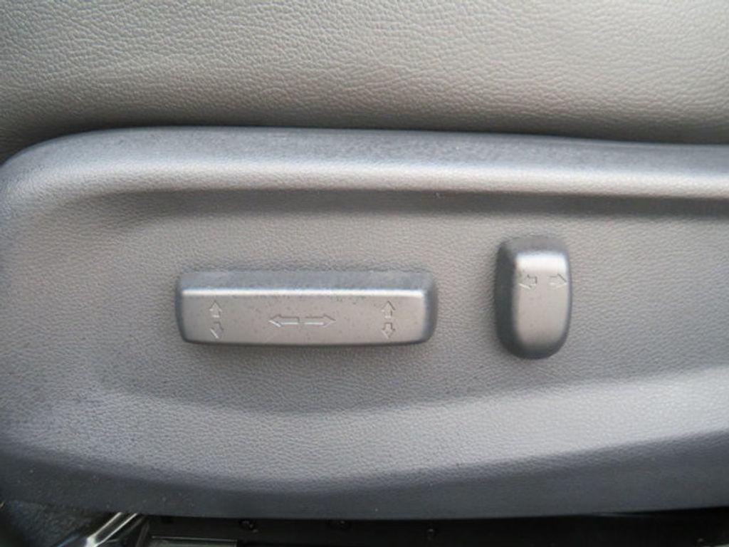 2019 Honda Civic Sedan Touring CVT - 18780253 - 32