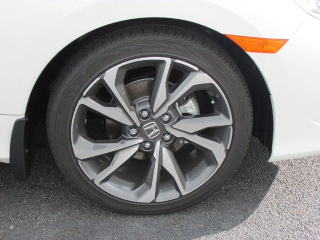 2019 Honda Civic Sedan Touring CVT - 18780253 - 8