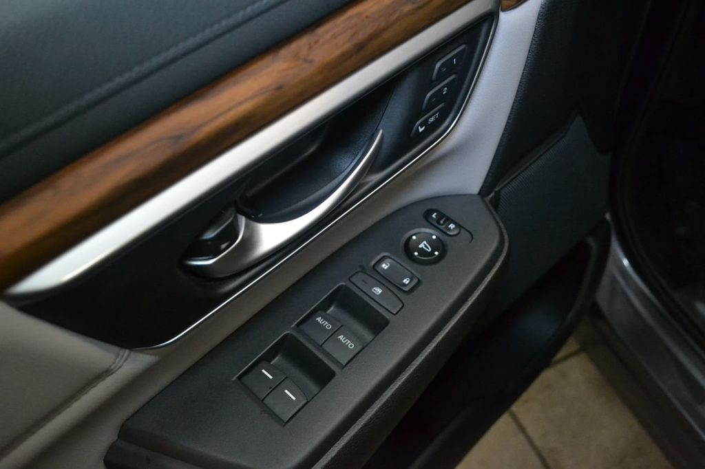2019 Honda CR-V Touring AWD - 18644620 - 15