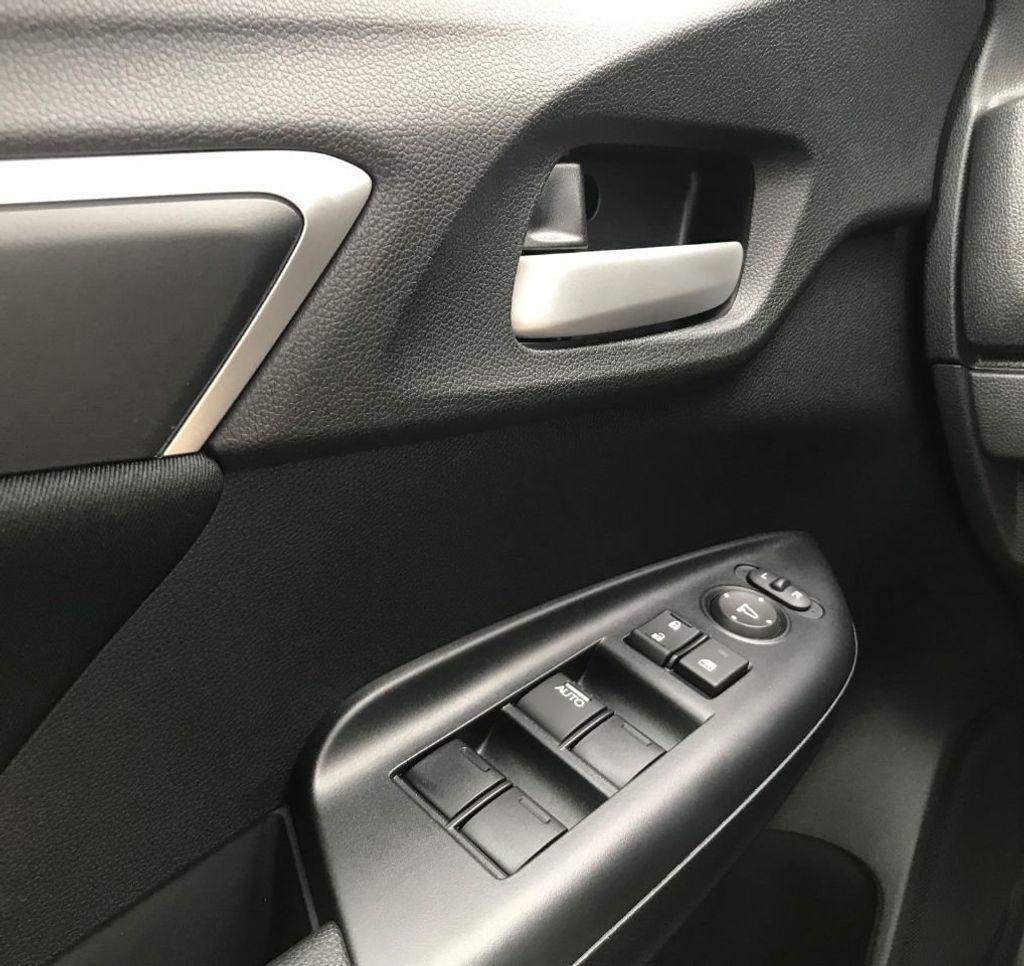 2019 Honda Fit LX CVT - 18540844 - 18