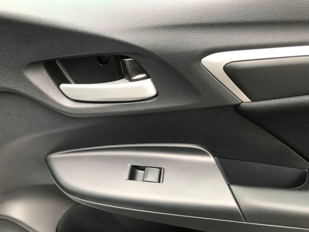 2019 Honda Fit LX CVT - 18540844 - 32