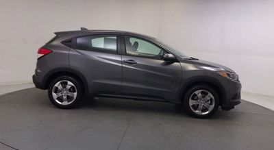 2019 Honda HR-V LX 2WD CVT SUV - Click to see full-size photo viewer