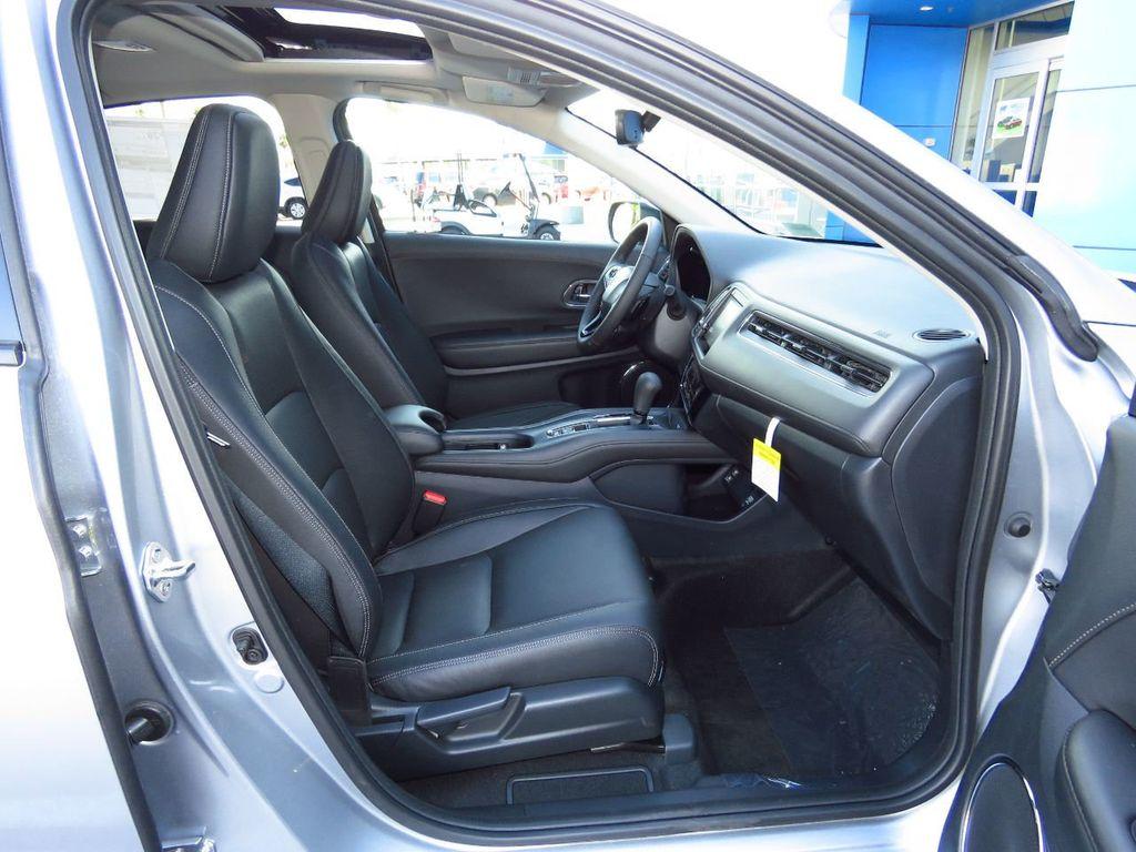 2019 Honda HR-V Touring AWD CVT - 18782665 - 20