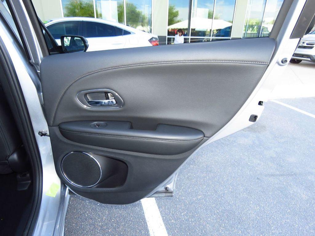 2019 Honda HR-V Touring AWD CVT - 18782665 - 27
