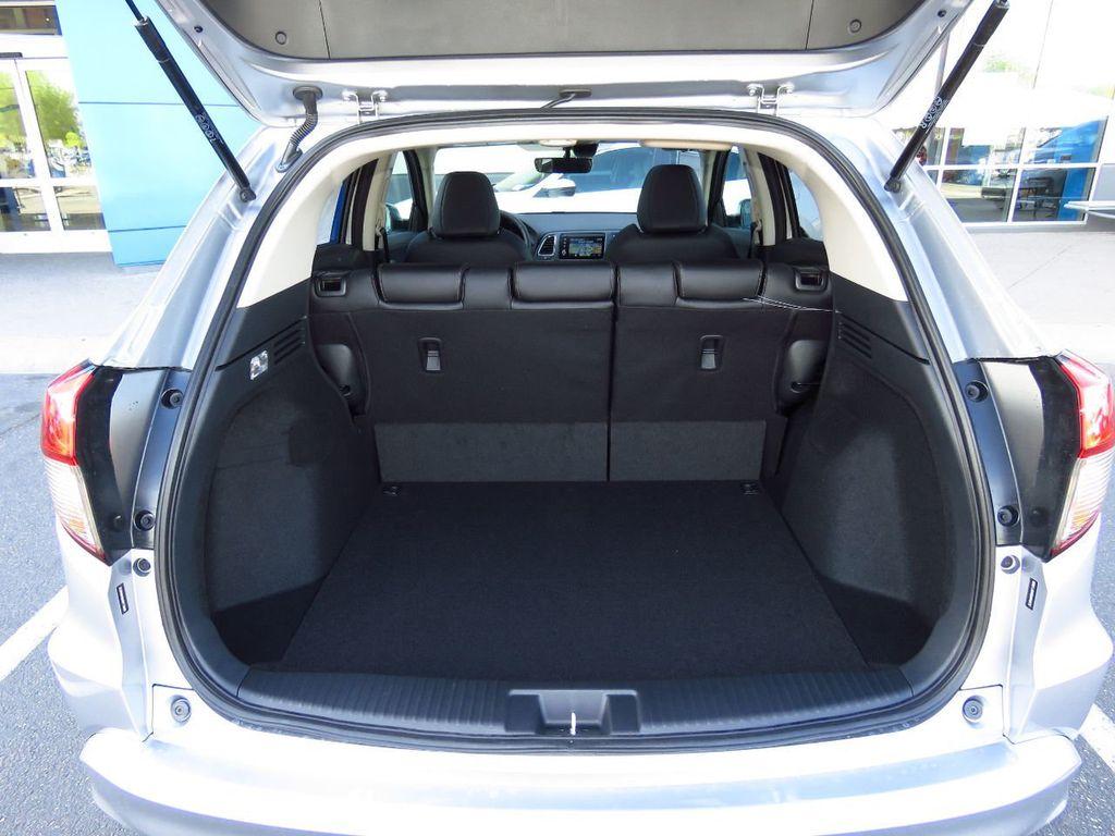 2019 Honda HR-V Touring AWD CVT - 18782665 - 28