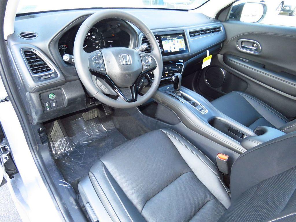 2019 Honda HR-V Touring AWD CVT - 18782665 - 8