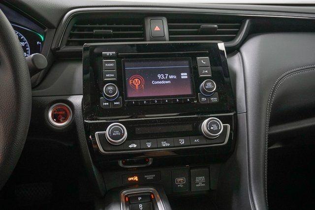 2019 Honda Insight LX CVT - 18340509 - 35