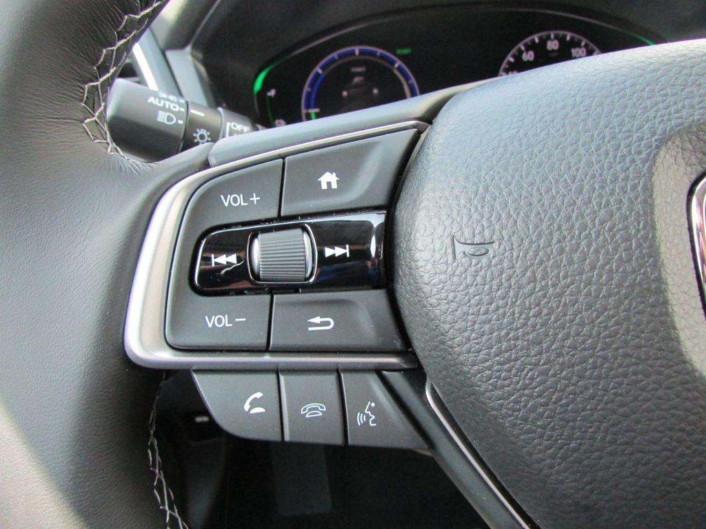 2019 Honda Insight Touring CVT - 18348817 - 13