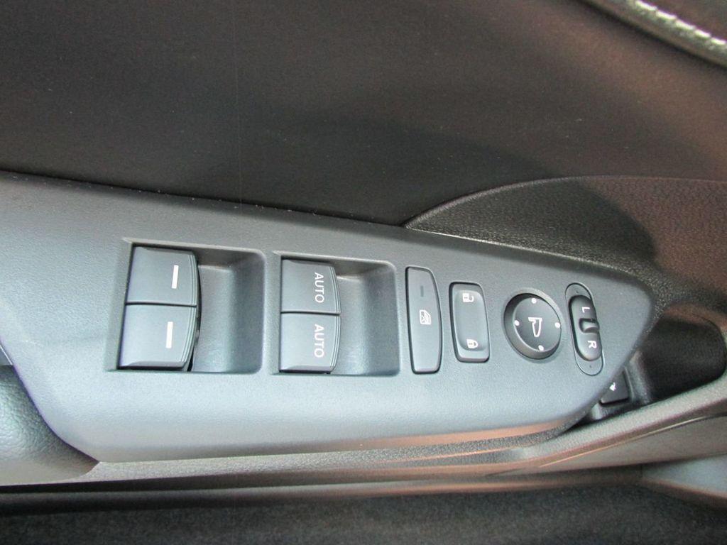 2019 Honda Insight Touring CVT - 18348817 - 19