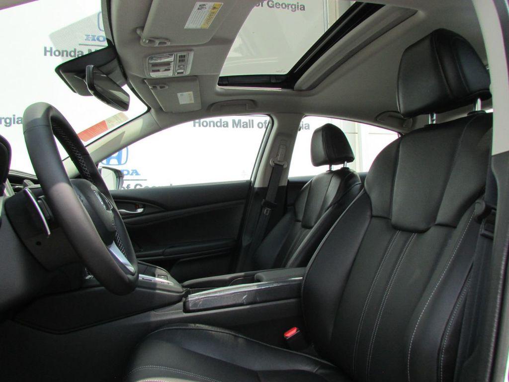 2019 Honda Insight Touring CVT - 18348817 - 32