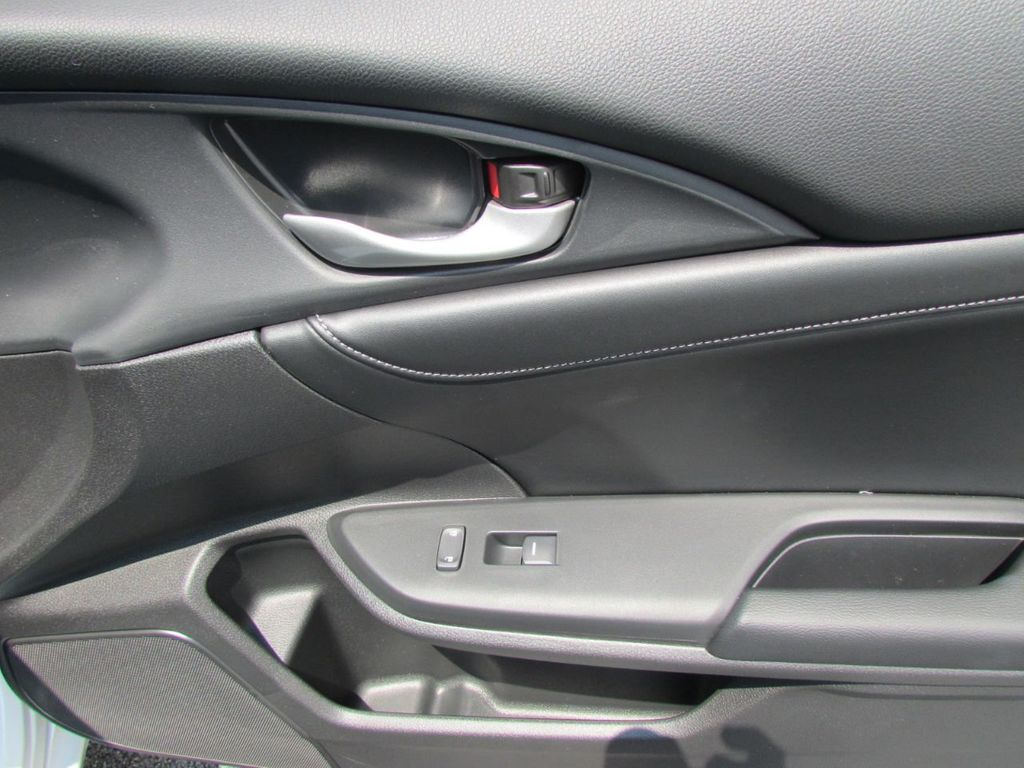 2019 Honda Insight Touring CVT - 18348817 - 41