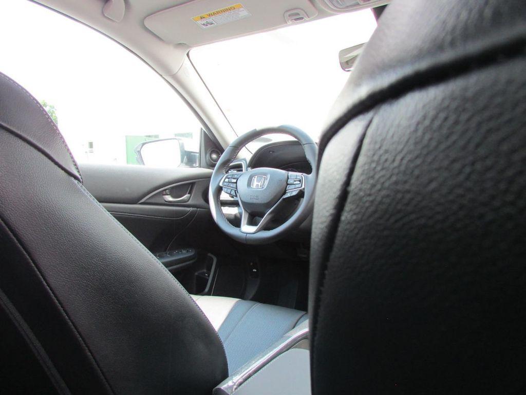 2019 Honda Insight Touring CVT - 18348817 - 43