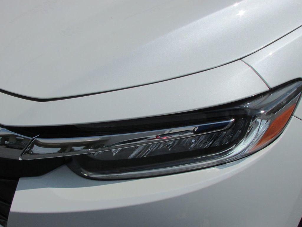2019 Honda Insight Touring CVT - 18348817 - 7