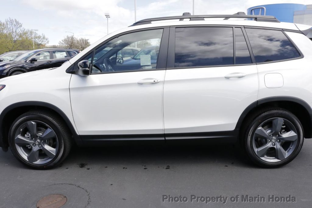 2019 Honda Passport Touring FWD - 18735856 - 1