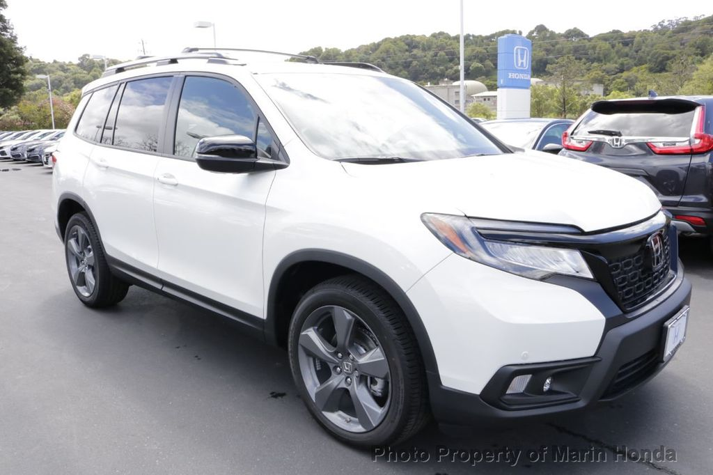 2019 Honda Passport Touring FWD - 18735856 - 4