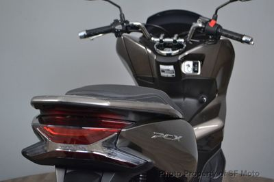 2019 Honda PCX150 IN STOCK - Click to see full-size photo viewer