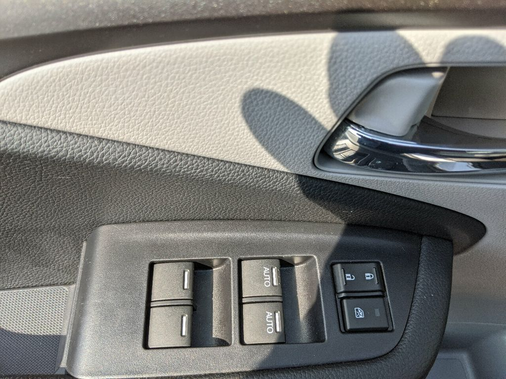2019 Honda Pilot LX 2WD - 18210000 - 13