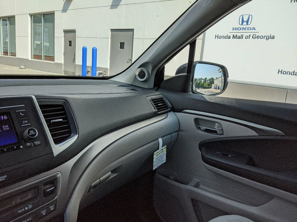 2019 Honda Pilot LX 2WD - 18210000 - 14