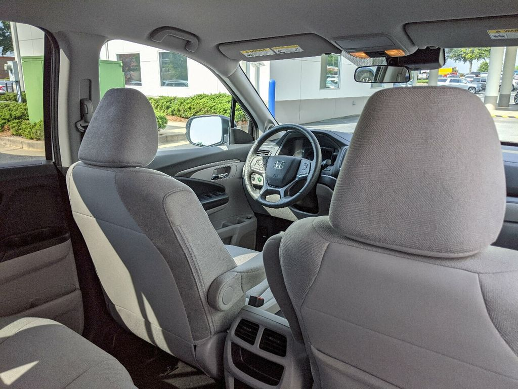 2019 Honda Pilot LX 2WD - 18210000 - 28