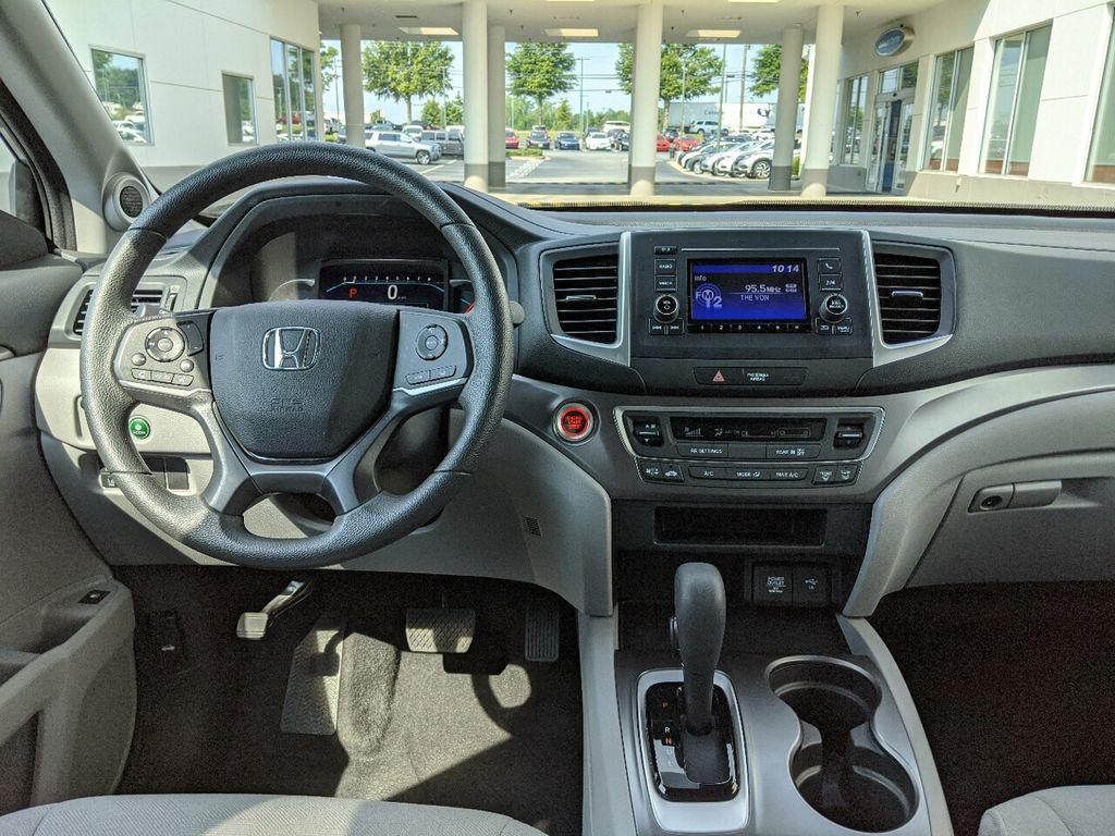 2019 Honda Pilot LX 2WD - 18210000 - 2