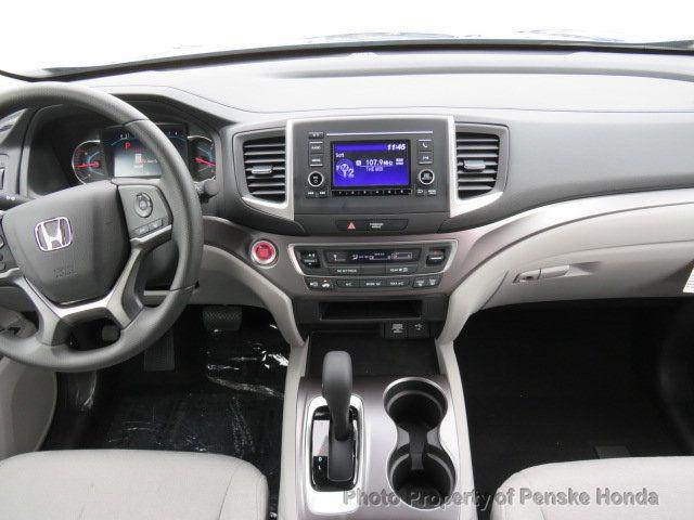 2019 Honda Pilot LX AWD - 19012824 - 19