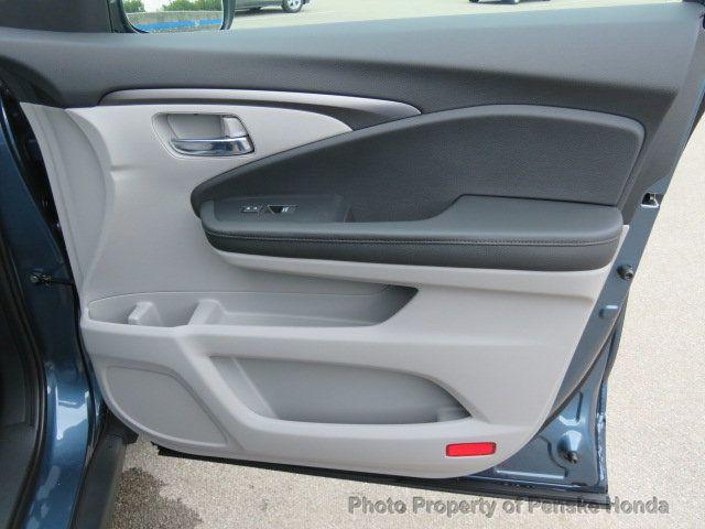 2019 Honda Pilot LX AWD - 19012824 - 21
