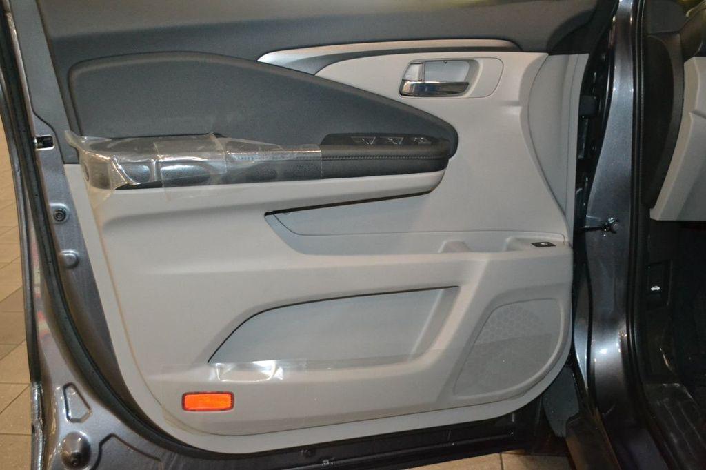 2019 Honda Pilot LX AWD - 17964834 - 13