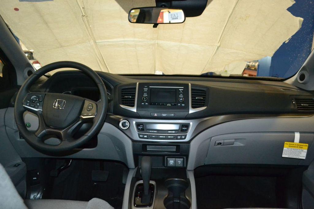 2019 Honda Pilot LX AWD - 17964834 - 16