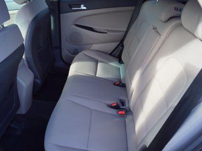 2019 Hyundai Tucson SE AWD SUV - Click to see full-size photo viewer