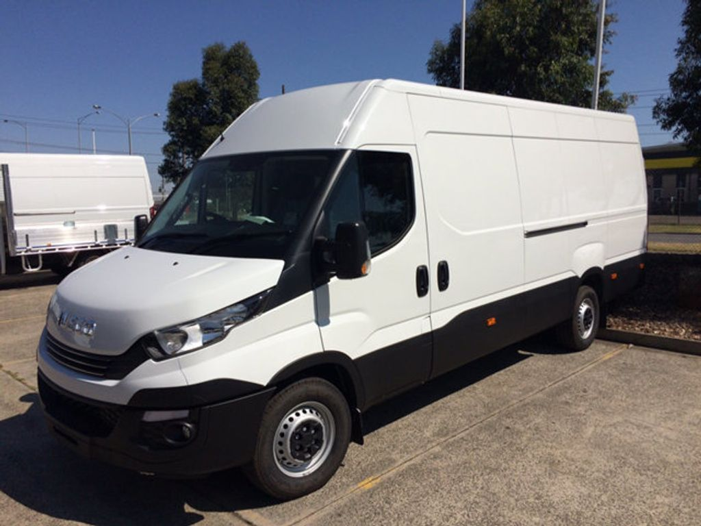 2019 Iveco DAILY 35S13 16m3 Long wheel base - 18755526 - 0