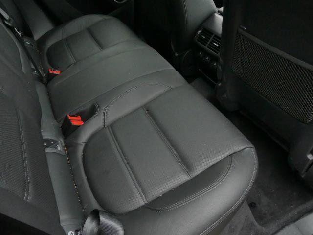 2019 Jaguar E-PACE P250 AWD SE - 18484524 - 19