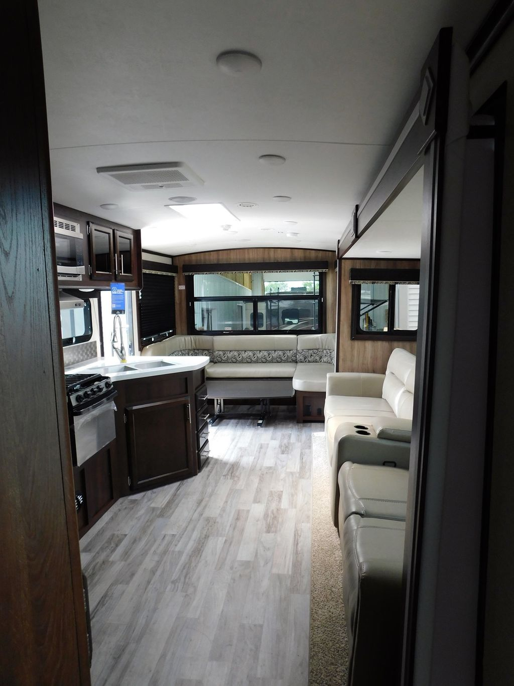 2019 Jayco WHITE HAWK 30RD  - 17960181 - 18