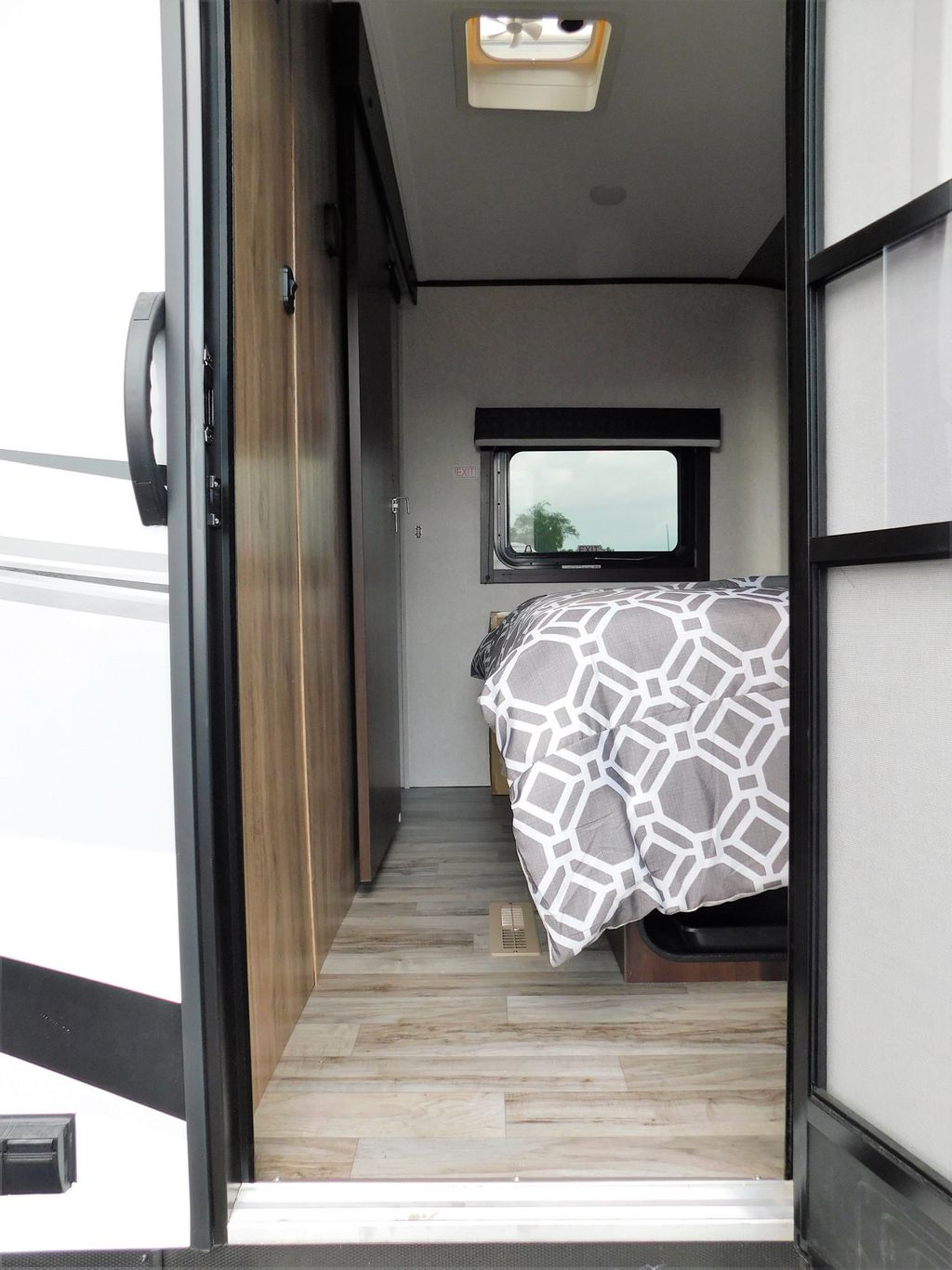 2019 Jayco WHITE HAWK 30RD  - 17960181 - 4