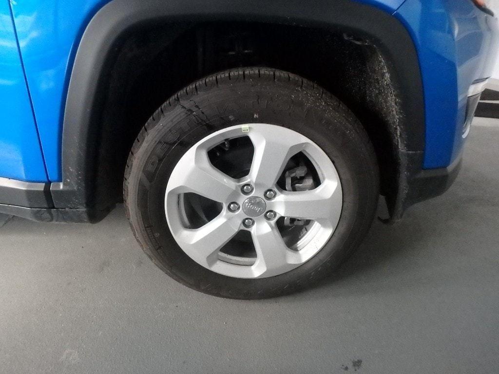 2019 Jeep Compass Latitude 4x4 - 18017649 - 4