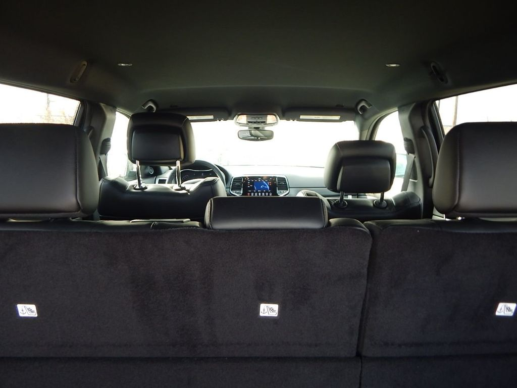 2019 Jeep Grand Cherokee Altitude - 18380407 - 16