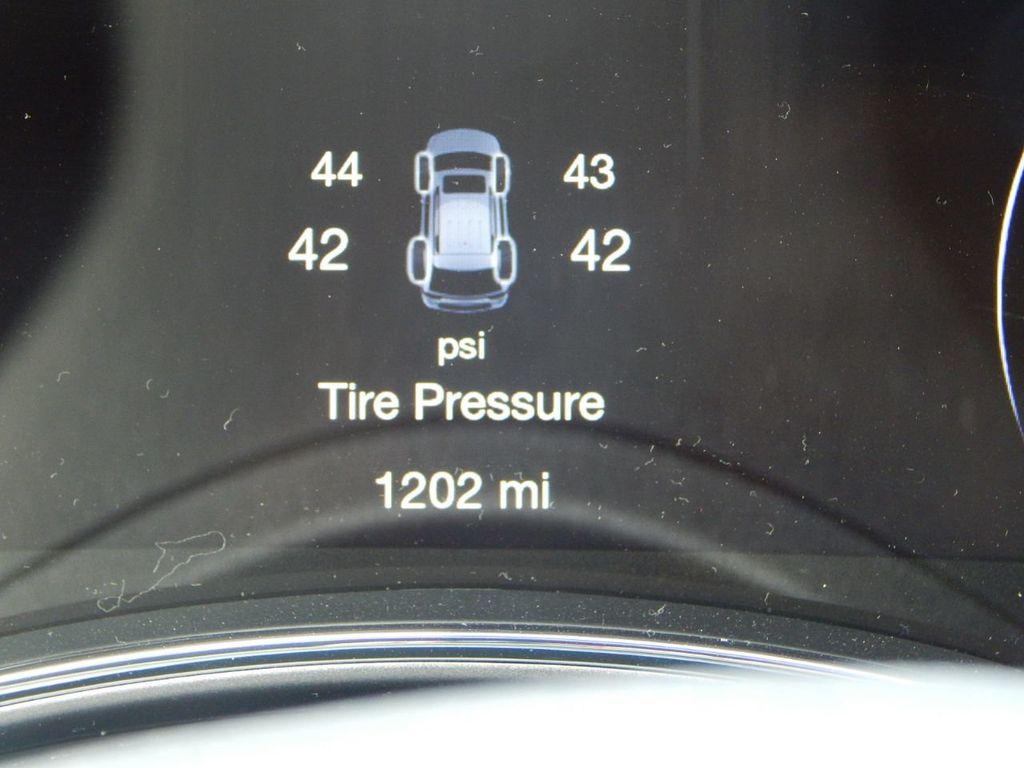 2019 Jeep Grand Cherokee Altitude - 18380407 - 27