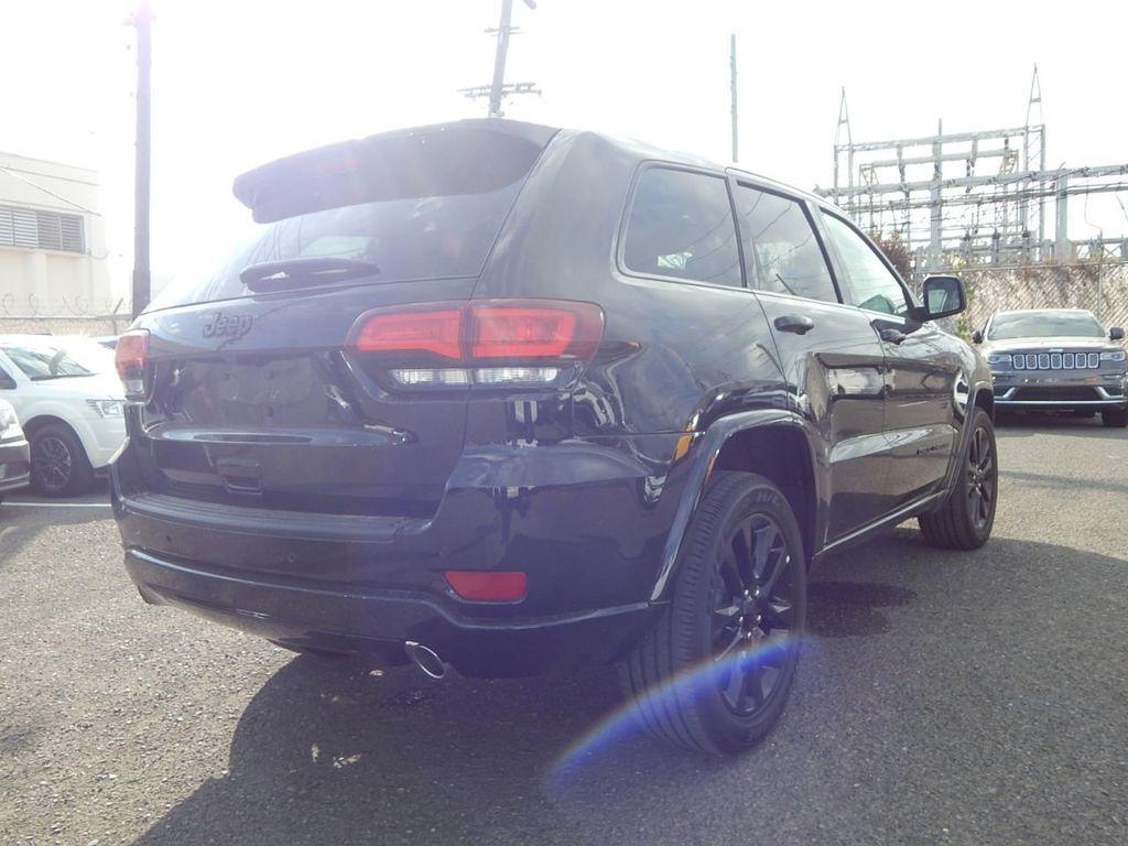 2019 Jeep Grand Cherokee Altitude - 18380407 - 4