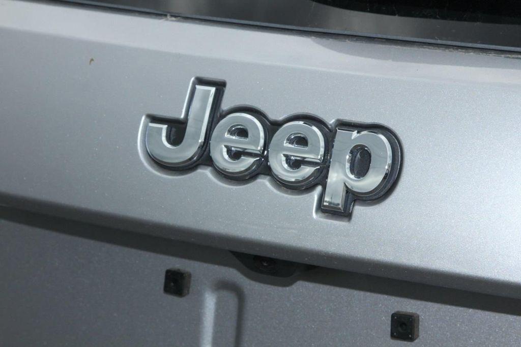 2019 Jeep Grand Cherokee Overland - 18665111 - 21