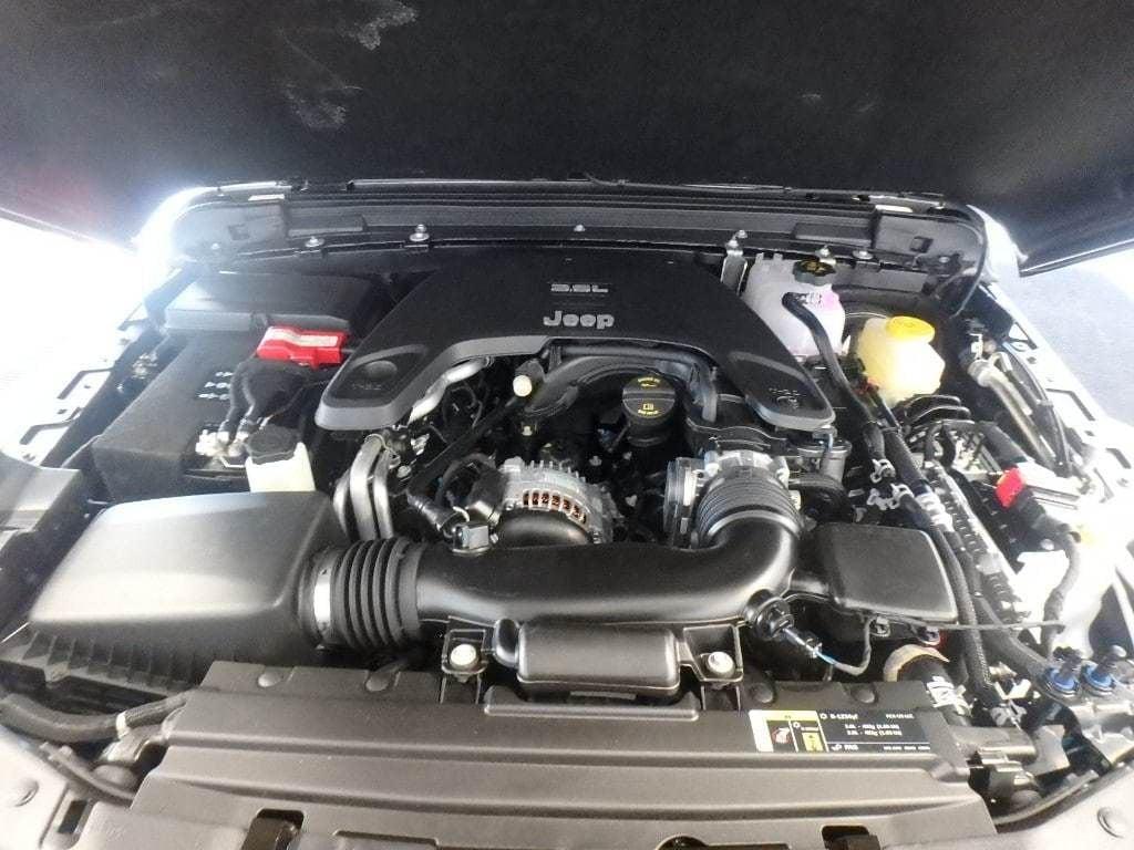 2019 Jeep Wrangler Sport S 4x4 - 18555683 - 16