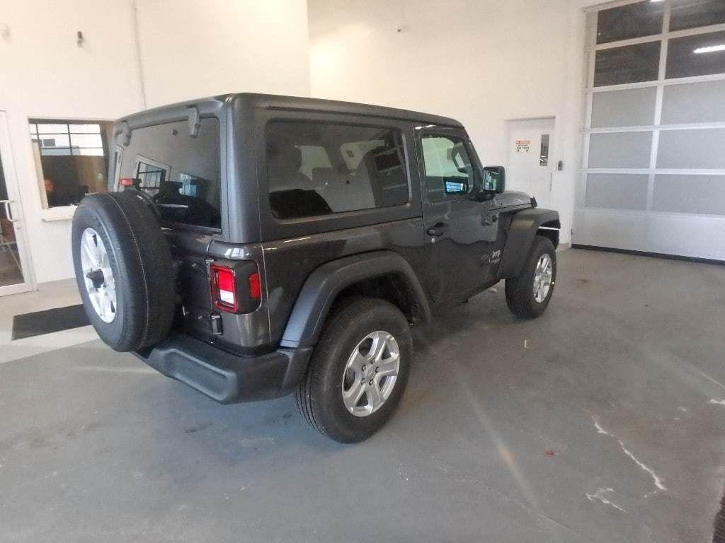 2019 Jeep Wrangler Sport S 4x4 - 18555683 - 3