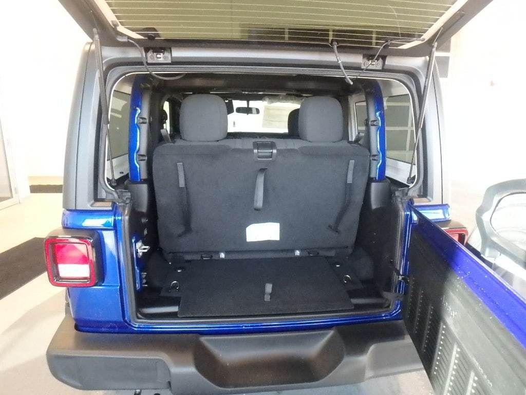 2019 Jeep Wrangler Sport S 4x4 - 18589809 - 7
