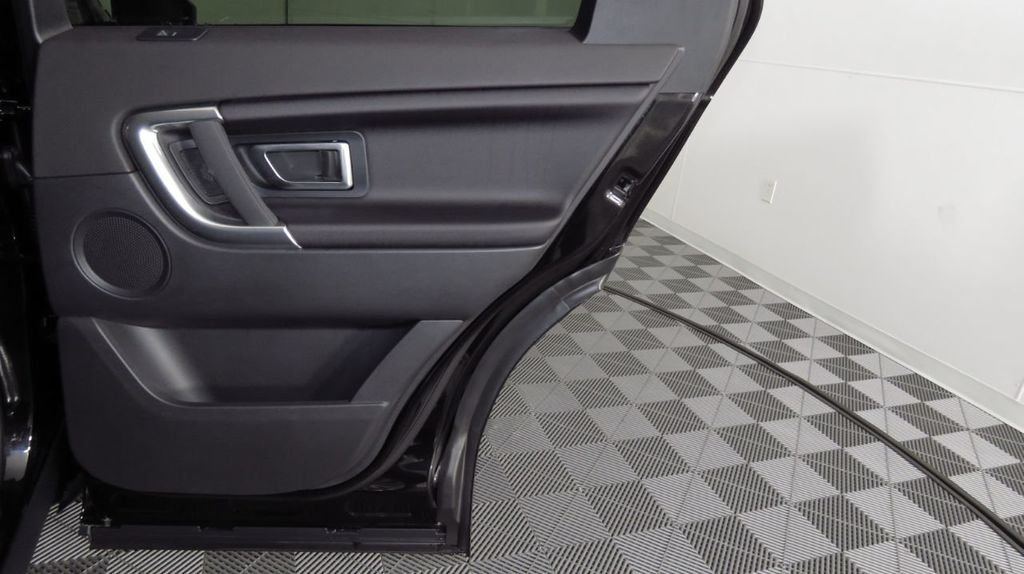 2019 Land Rover Discovery Sport SE 4WD - 18368141 - 28