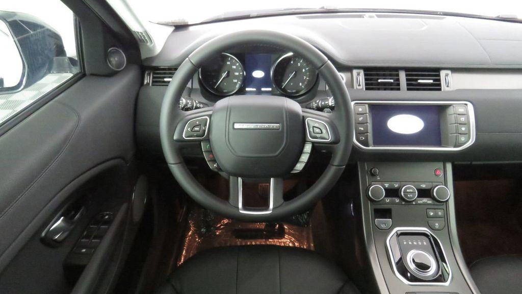 2019 Land Rover Range Rover Evoque 5 Door SE - 18671128 - 9