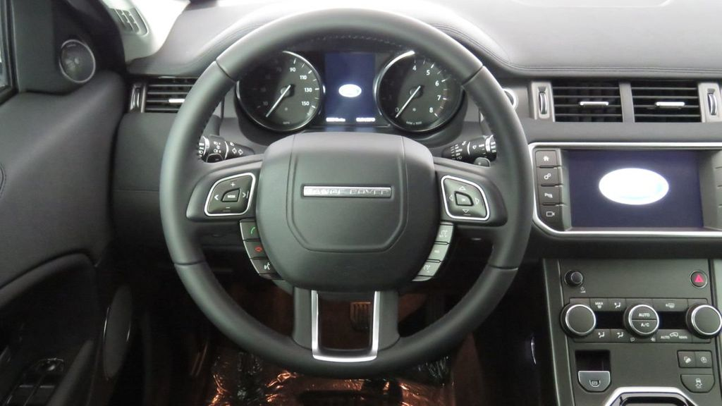 2019 Land Rover Range Rover Evoque 5 Door SE - 18671128 - 10