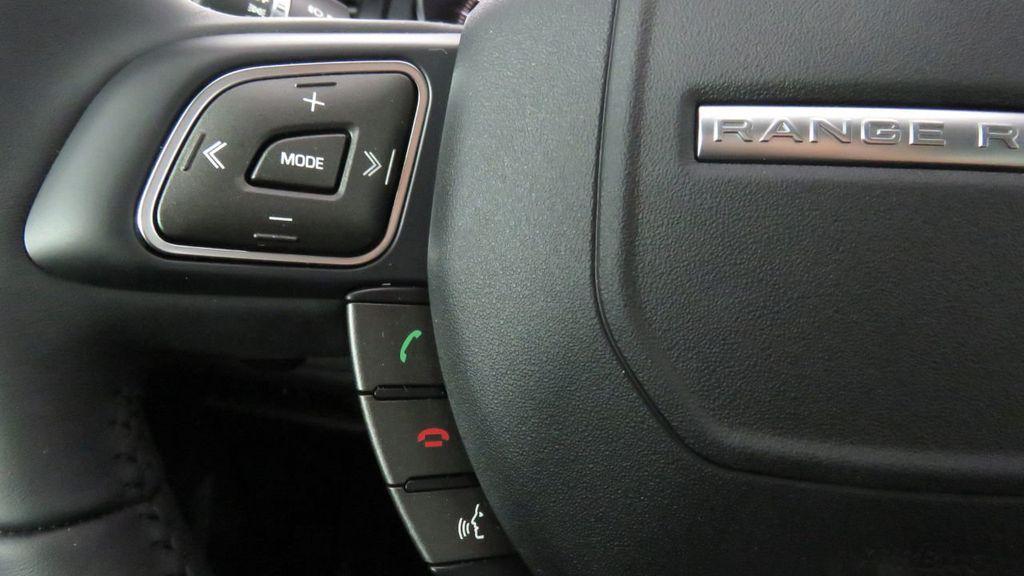 2019 Land Rover Range Rover Evoque 5 Door SE - 18671128 - 11