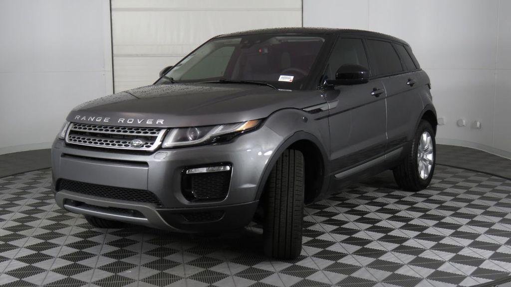 2019 Land Rover Range Rover Evoque 5 Door SE - 18677820 - 0