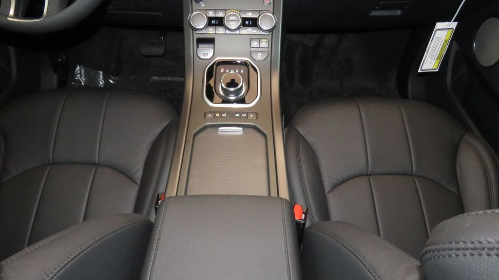 2019 Land Rover Range Rover Evoque 5 Door SE - 18677820 - 17
