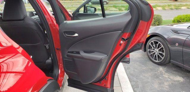 2019 Lexus UX UX 200 F SPORT FWD - 18503847 - 16