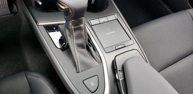 2019 Lexus UX UX 200 F SPORT FWD - 18503847 - 30