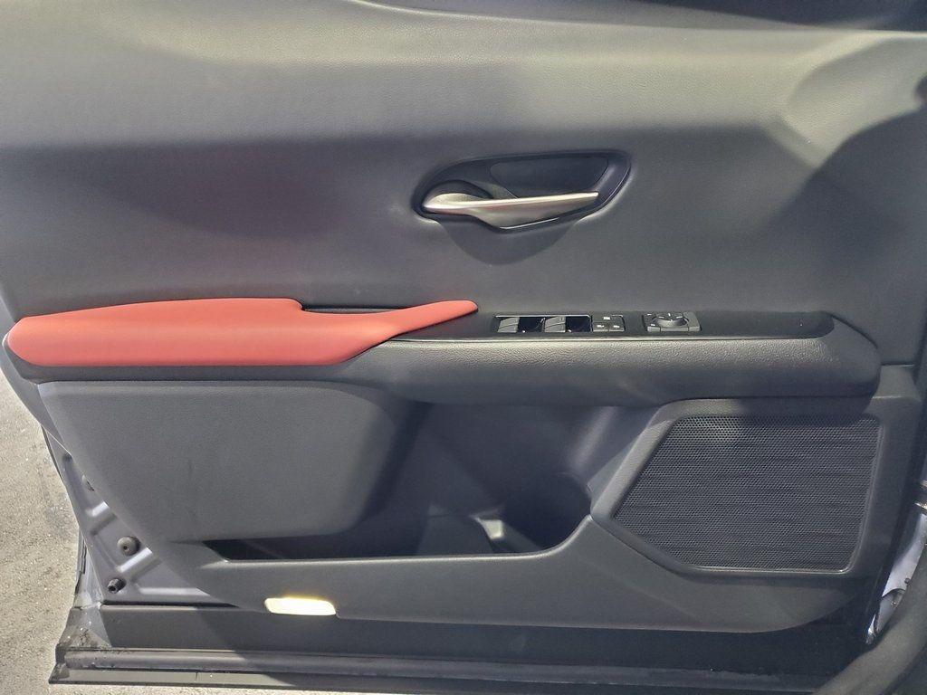 2019 Lexus UX UX 200 F SPORT FWD - 18695216 - 24